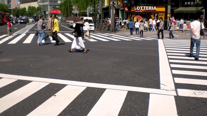 tokyo-crosswalks-019